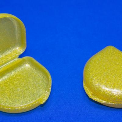 Orthodontic Boxes glittering gold (x10)